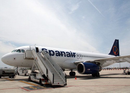 A plane from Spanair at Barcelona's airport (by ACN)