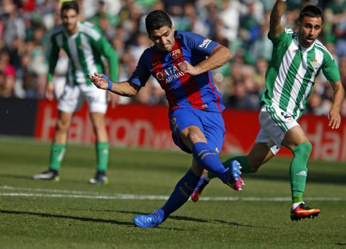 A Luis Suárez goal made sure Barça are not coming home from Seville empty-handed (by FCB)