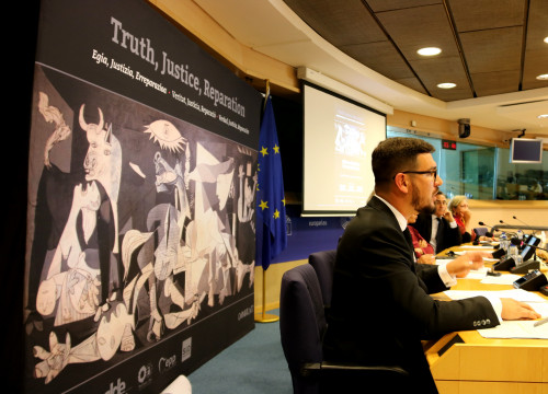 Roger Heredia, from the DNA Bank, during his speech in the European Parliament (by Laura Pous)