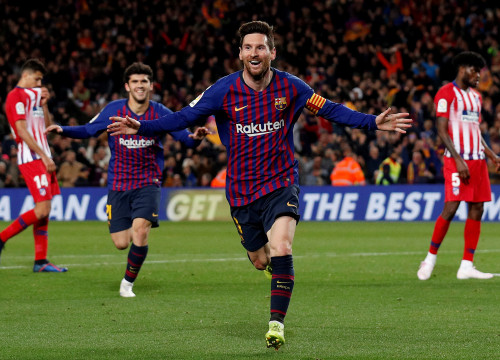 Leo Messi celebrates his goal against Atlético Madrid in Camp Nou on April 6, 2019 (by Reuters/Albert Gea)
