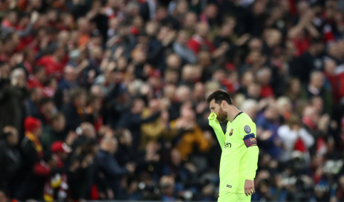 Leo Messi at Anfield Road coming to terms with the result of the match on May 7, 2019 (by Carl Recine/Reuters)