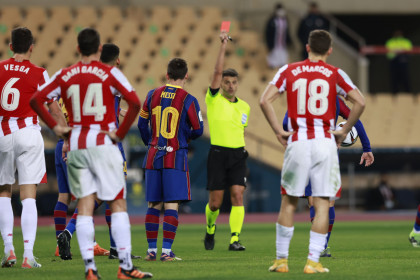 Leo Messi is shown the first red card of his Barcelona career late in the Super Cup final clash with Athletic Bilbao (image by REUTERS/Marcelo Del Pozo)