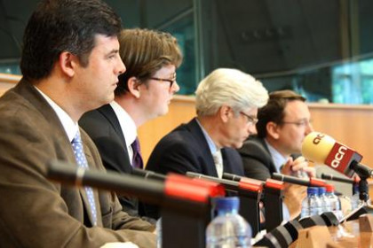 The working group of the European Cultural and Linguistic Internet Domains presented at the European Parliament the domain .cat