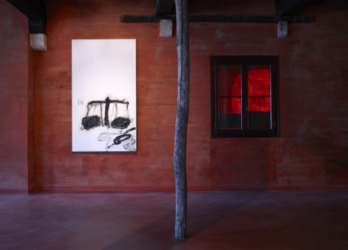 Antoni Tàpies 'Balances' in Venice (by Jean-Pierre Gabriel)