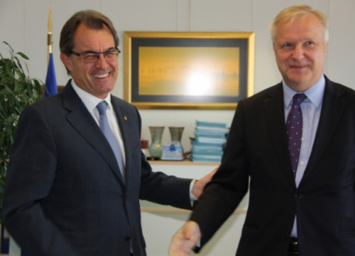 Artur Mas (left) and Olli Rehn (right) in Brussels (by L. Pous)