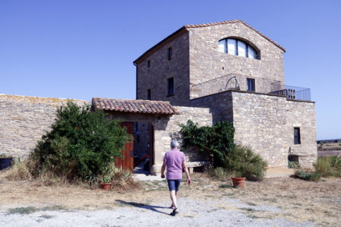 A rural guesthouse in Talladell, Tàrrega (by Laura Cortés)