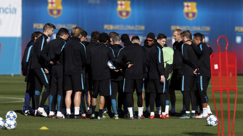 Luis Enrique announced his team on Tuesday morning (by FCB)