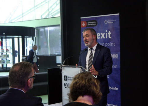 Barcelona councilor Jaume Collboni at the opening of the Punt Brexit information office (by Inés Valverde)