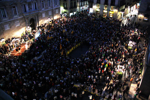 Barcelona's Plaça Sant Jaume hosted this Tuesday's protest against 9N summons