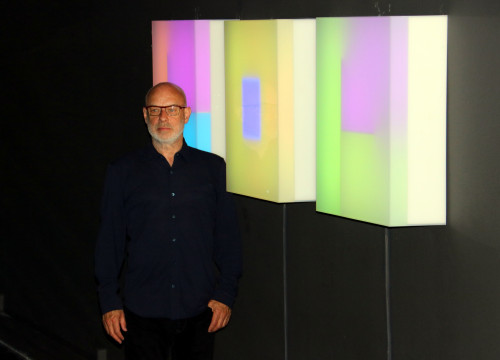 Brian Eno at his exhibition 'Lightforms / Soundforms' at the Arts Santa Mònica, Barcelona (by Pere Francesch)