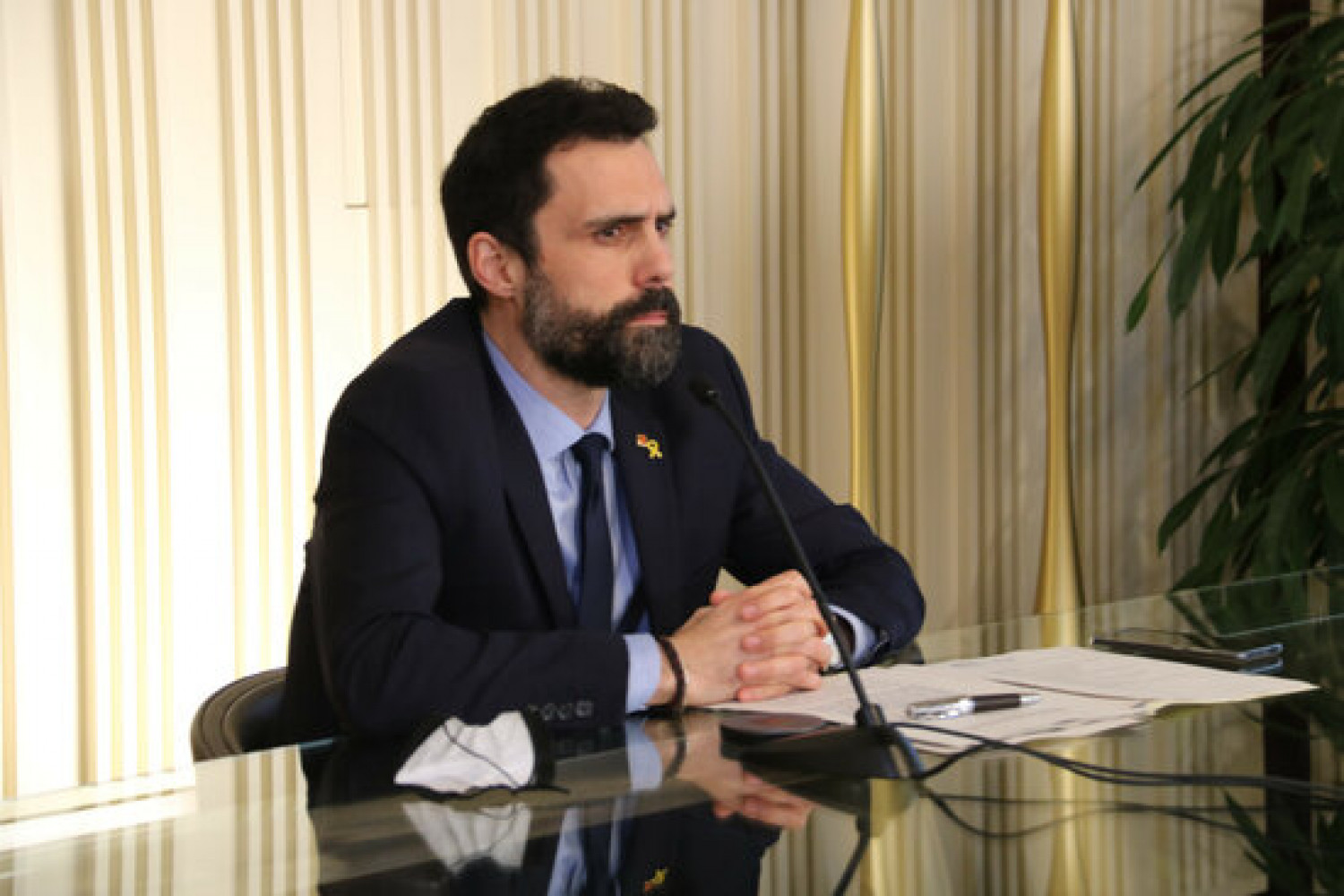 Catalan parliament speaker Roger Torrent during a Francophonie Parliamentary Assembly meeting on January 26, 2021 (by Eli Don)