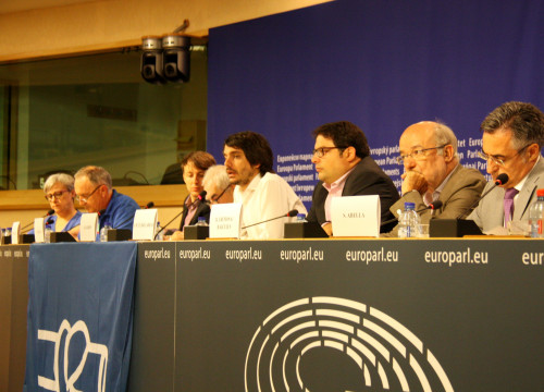 Catalan MEPs and members of the Platform for the Defence of the Ebro Delta (PDE) at the European Parliament (by ACN)