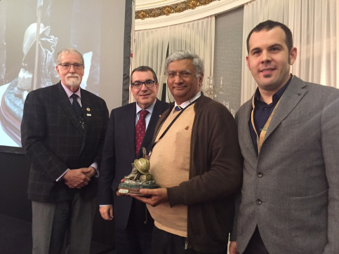 Coimbra's University Professor, Domingo Xavier Viegas, was granted the Wildland Fire Safety Award, given by the  International Association of Wildland Fire (IAWF) from the USA (by ACN)