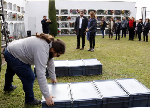 Containers holding the remains exhumed from the mass graves around Prats de Lluçanès, reburied on November 9 2018 (by Laura Busquets)