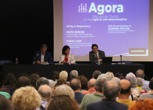 Daniel Turp, Elisenda Paluzie and Ralph Bunche at the talk organized by ANC on 25 June, 2019 (Mariona Puig/ACN)