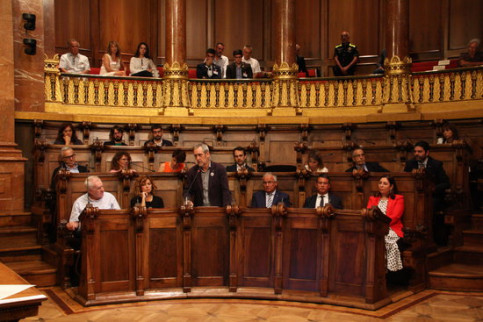 ERC's Jordi Coronas speaks at the Barcelona city council plenary session on August 5, 2019 (Noèlia Llobera/ACN)