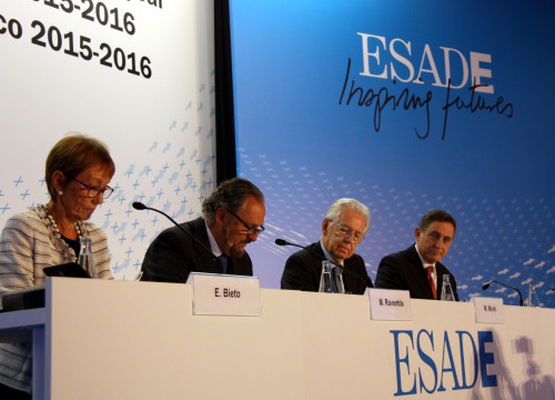 Representatives from ESADE business school during a course presentation in Sant Cugat, in October 2015 (by ACN)