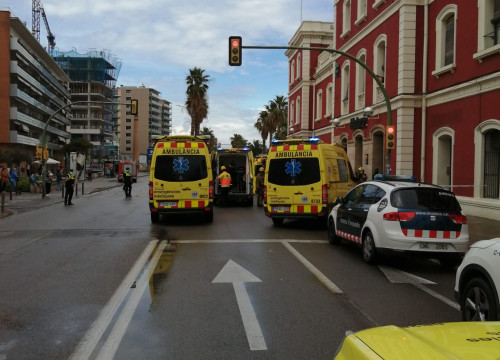 A train crash has left 16 people injured in Mataró (by @SEMGencat)