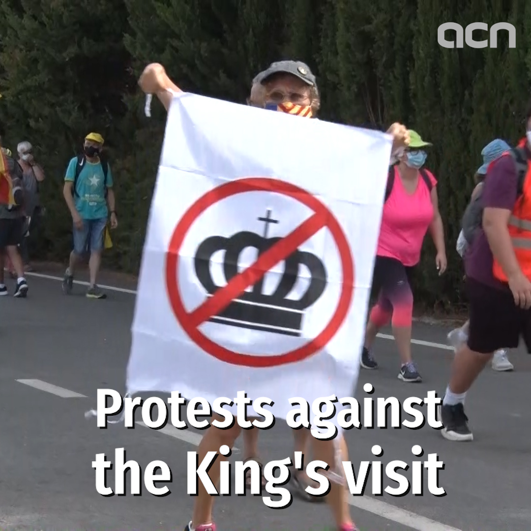 Protests as king visits Catalan monastery amid former monarch corruption scandal