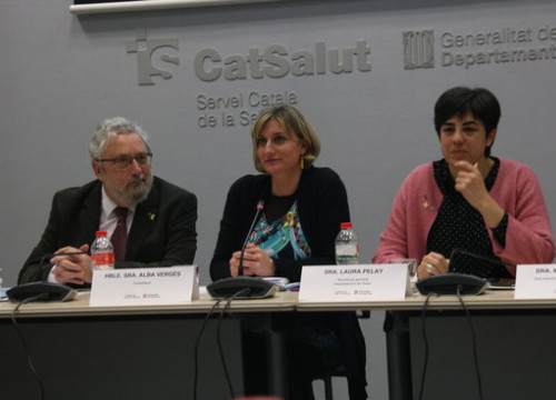 From left to right: public health secretary Joan Guix, Catalan health minister Alba Vergés, and general health secretary Laura Pelay (by Elisenda Rosanas)