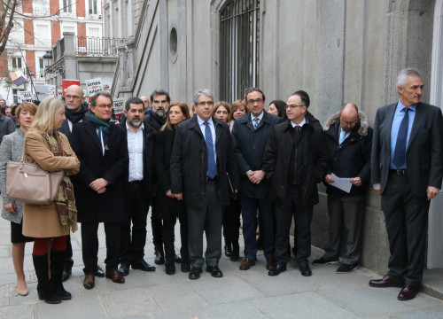 Former Catalan Government's spokesman and MP for the Catalan European Democratic Party (PDCeCAT) testifies before the Spanish Supreme Court rallied around by politicians and civil society representatives (by ACN)