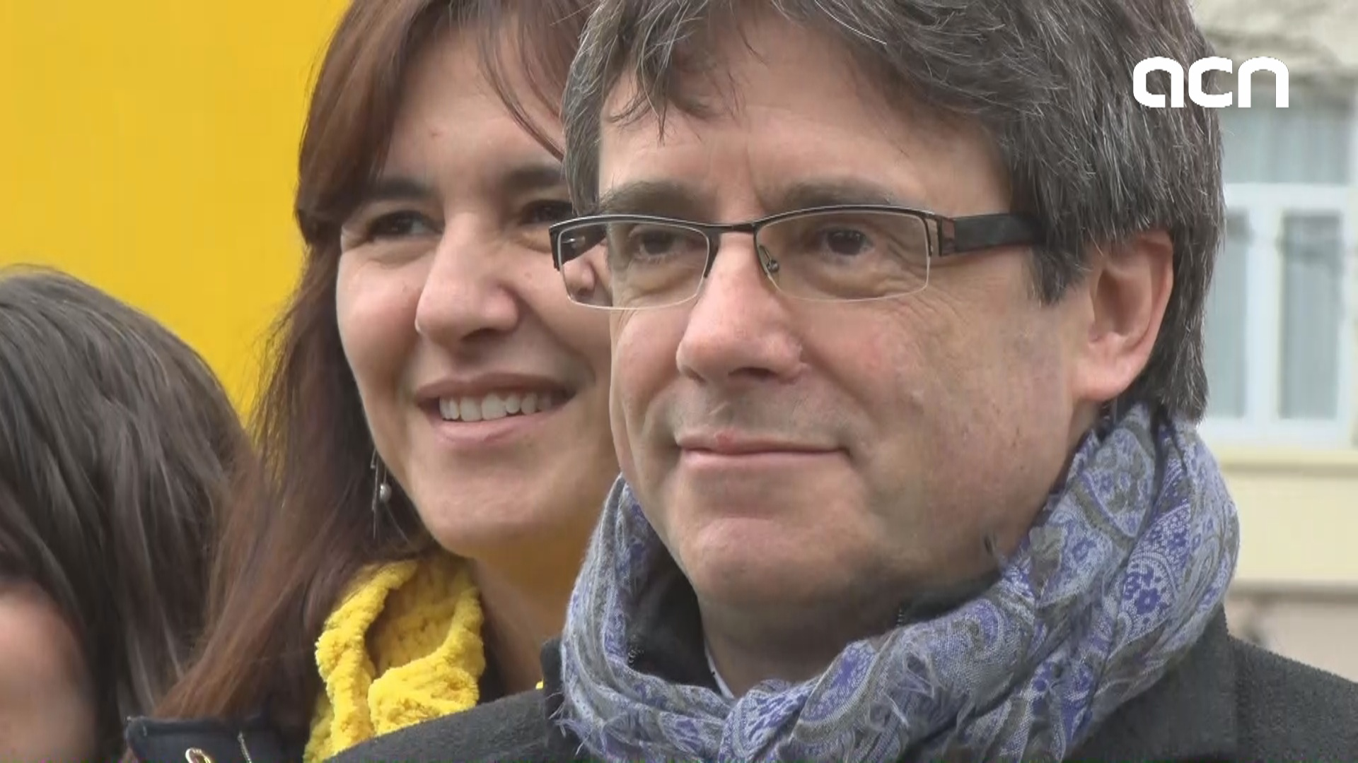 """Be a democrat and respect the Catalan Parliament decision to reinstate the government"", says Puigdemont"