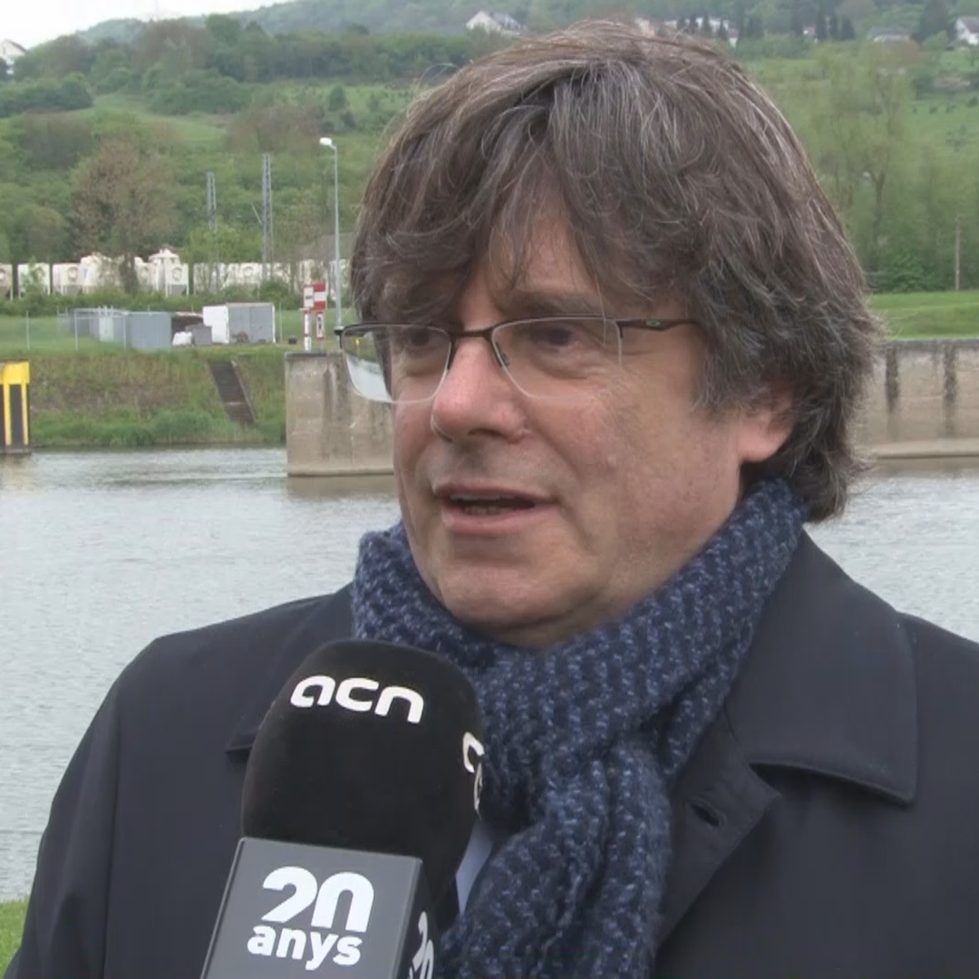 Carles Puigdemont says he's convinced European institutions will no longer be able to avoid the Catalan question
