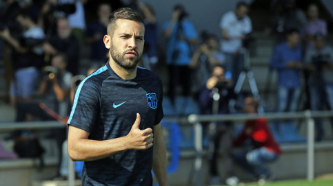 Jordi Alba is in the squad for tonight's match (by FCB)
