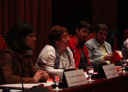 Deparmtent of Youth's director, Marta Vilalta and the Catalan Minister for Labour, Social Affairs and Families, Dolors Bassa (by ACN)