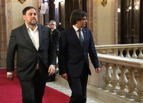 Catalan President Carles Puigdemont and Catalan Vice President and Minister for Economy and Tax Office (by ACN)