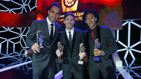 Bravo, Messi and Neymar Jr at LFP Gala (by FCB)