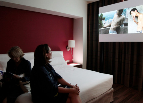Projection of Chi-Wen Gallery at a hotel's room (by ACN)