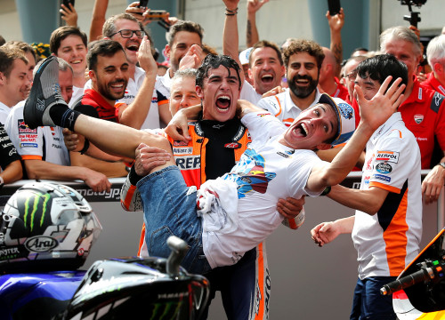 Marc and Àlex Márquez celebrate Moto2 win in Malaysia (by Lai Seng Sin/Reuters)