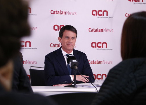 Mayoral candidate Manuel Valls spoke to the press Thursday morning at the Catalan News Agency (Gerard Artigas/ACN)