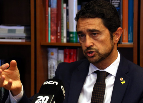 Minister for sustainability and territory Damià Calvet during an interview with ACN on August 3, 2019 (Aina Martí/ACN)