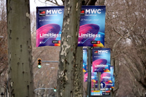 Mobile World Congress 2020 banners on Barcelona's Gran Via (by Jordi Bataller)