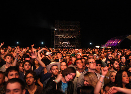 Public at Barcelona's Primavera Sound (by ACN)