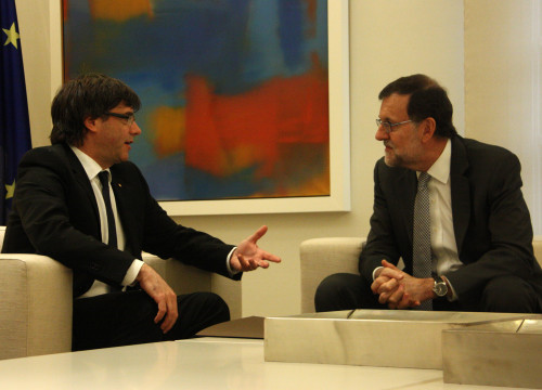 Catalan President, Carles Puigdemont during his first meeting with Current Spanish President, Mariano Rajoy (by ACN)