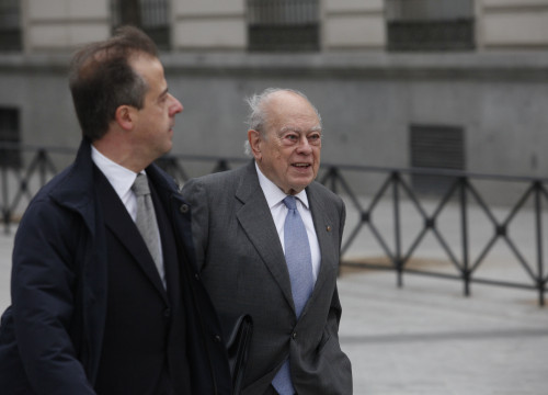 Former Catalan President, Jordi Pujol, on its way to testifiying before Spain's High Court (by ACN)