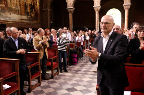 Catalan Minister for Foreign Affairs, Raül Romeva, during the ceremony to pay tribute to Francoism' victims this Sunday (by ACN)