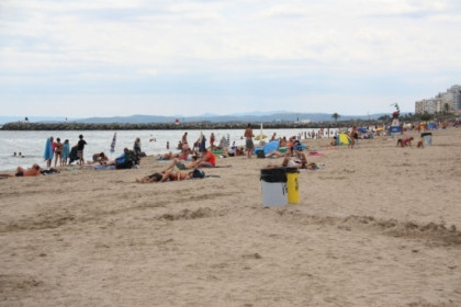The Rubina beach, in Castelló d'Empúries, where the French man was hit by a lightning