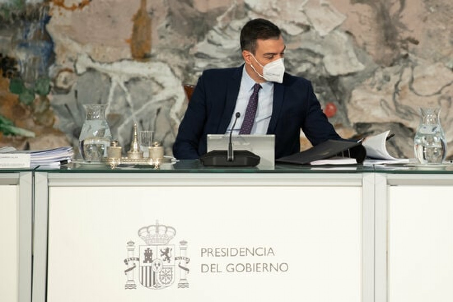 Spanish president Pedro Sánchez during the cabinet meeting on April 13, 2021 (by Borja Puig de la Bellacasa/Pool Moncloa)