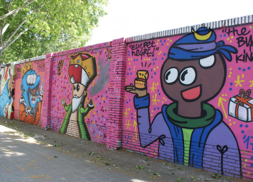 Konair, Seta and El Xupet Negre on the graffiti spot on the corner of Carrer de la Selva Mar and Carrer del Perú (by ACN)