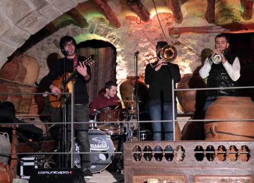 The  La Terrasseta de Preixens band playing a song composed specifically for the inauguration of Cervera as Catalan Culture Capital 2019 on January 10 (by Salvador Miret)