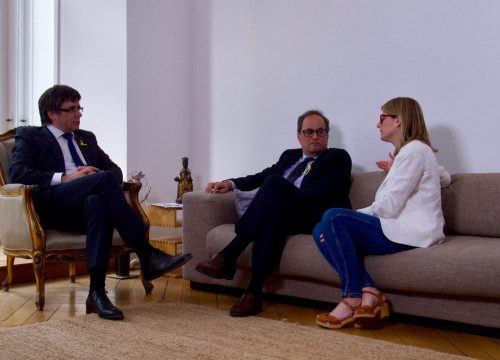 Carles Puigdemont, with Quim Torra and Elsa Artadi in Berlin on May 10, 2018 (by Junts per Catalunya)