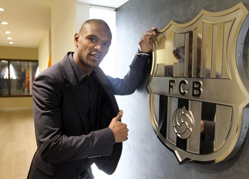 Abidal renewed his contract with Barça until 2015 last January (by FC Barcelona)