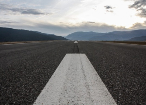 The runway of the Andorra - La Seu d'Urgell Airport (by F. Garcia)
