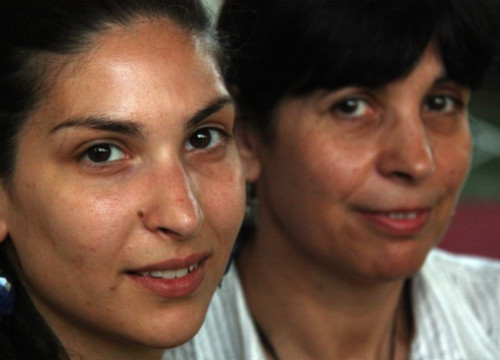 Regina Santamaria (left) and her mother Angels Serra (right) (by ACN)
