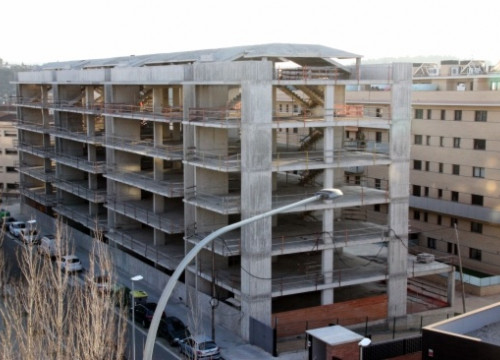 Apartments being built in Catalonia (by ACN / M. Martí)