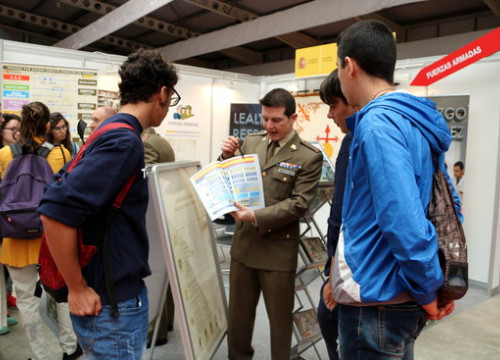 The Spanish Army at Catalonia's main educational fair (by Estela Busoms)